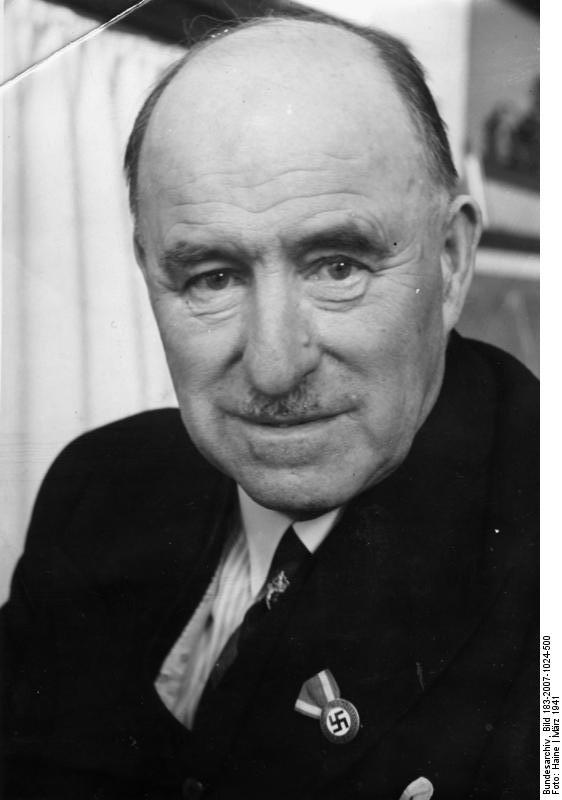 Portrait for his 65th birthday 1941. (© Bundesarchiv)